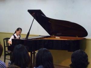弾き合い会用ピアノ